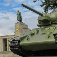 Sowjetisches Ehrenmal Tiergarten Berlin