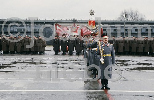 Abzug russische Armee 1994, Roten Kasernen Potsdam