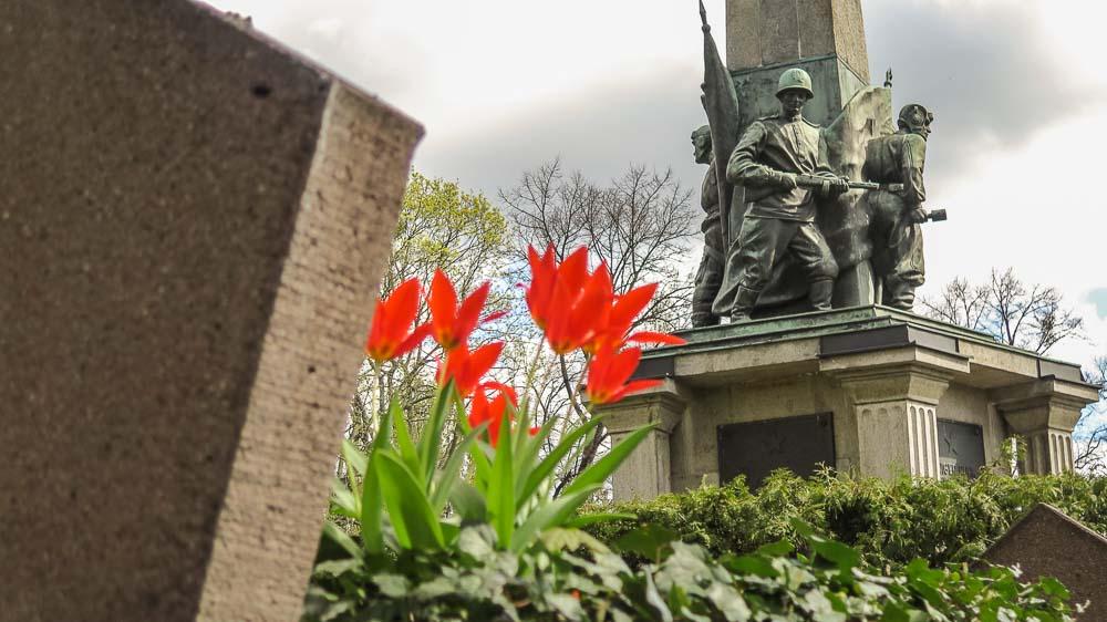 Sowjetischer Ehrenfriedhof Bassinplatz Potsdam