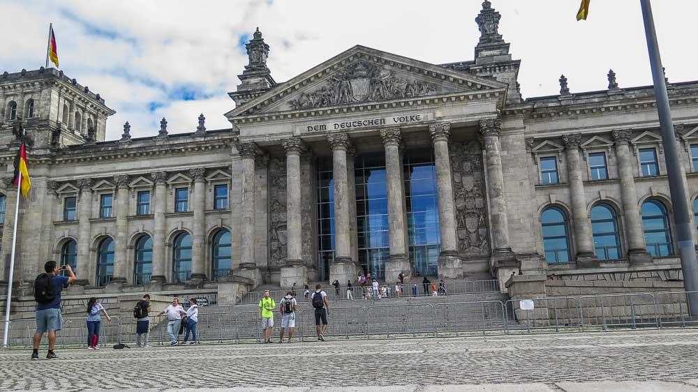 Reichstag Berlin (Platz der Republik)