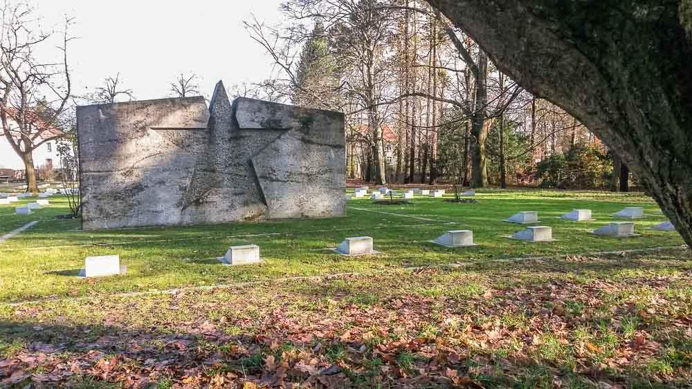 großer stern sowjetischer ehrenfriedhof spremberg