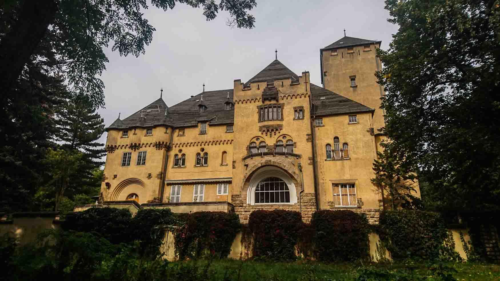 Neue Hakeburg Kleinmachnow südlich von Berlin