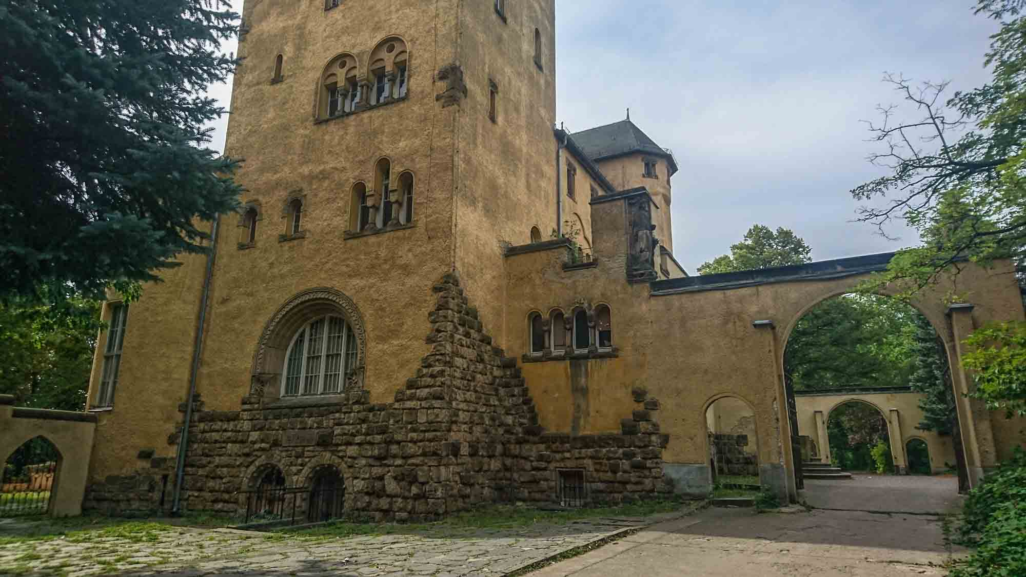 Portal Neue Hakeburg