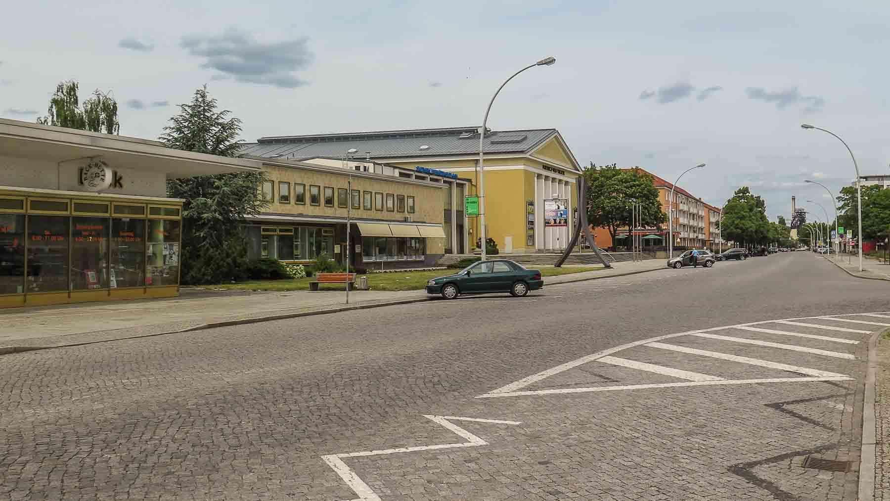 Lindenallee Eisenhüttenstadt DDR Architektur