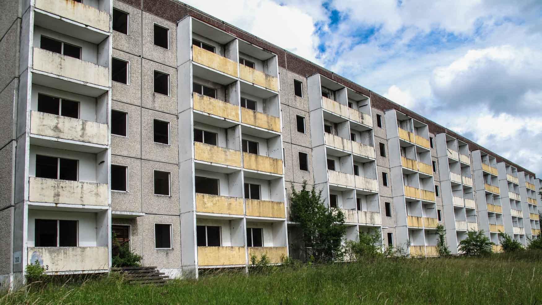 Verlassener Plattenbau Olympisches Dorf Elstal