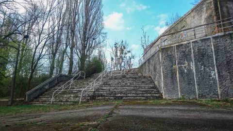 verlassene kaserne friedensstadt sowjetische garnison glau