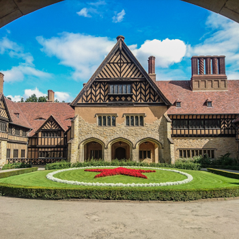 Schloss Cecilienhof Potsdam Roter Stern