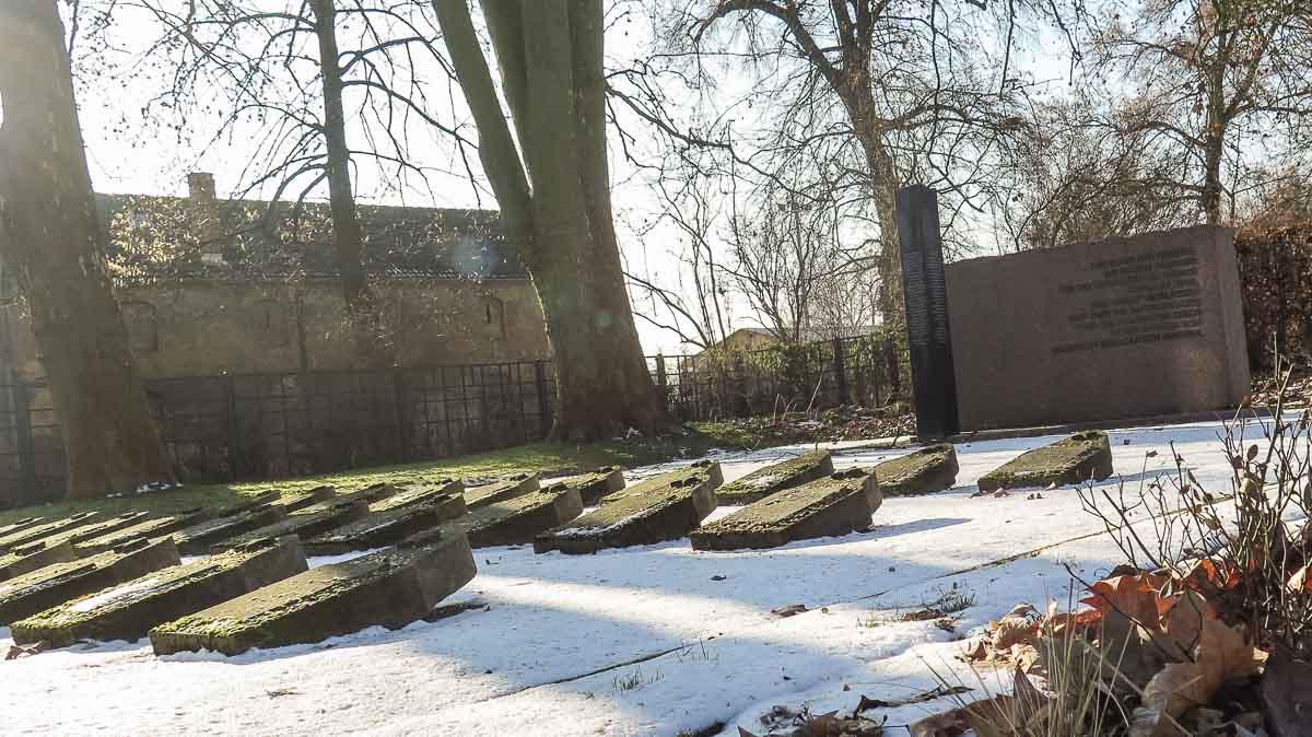 Soviet War Cemetery Treuenbrietzen