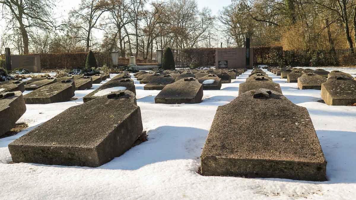 Sowjetischer Ehrenfriedhof Treuenbrietzen