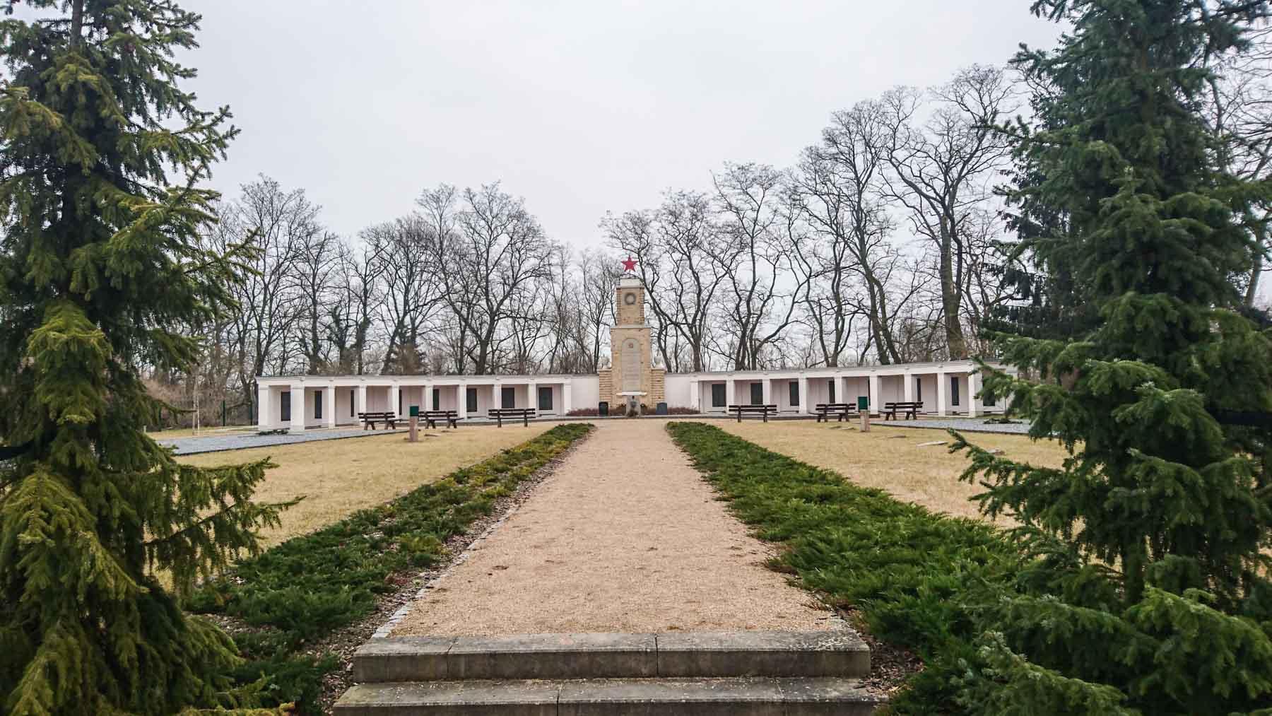 Russisches Ehrenmal Kriegsgräberstätte Lebus
