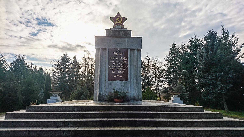 sowjetisches ehrenmal schönewalde (elbe-elster)