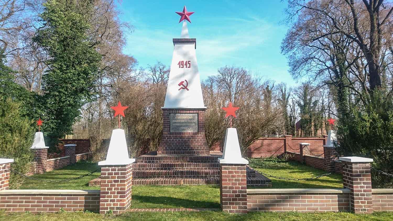 sowjetisches ehrenmal beeskow (landkreis oder-spree)