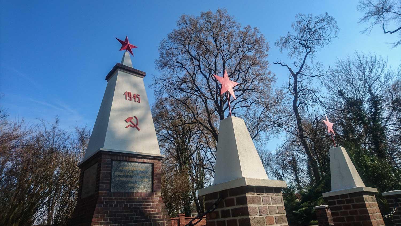 sowjetisches ehrenmal in beeskow (landkreis oder-spree)