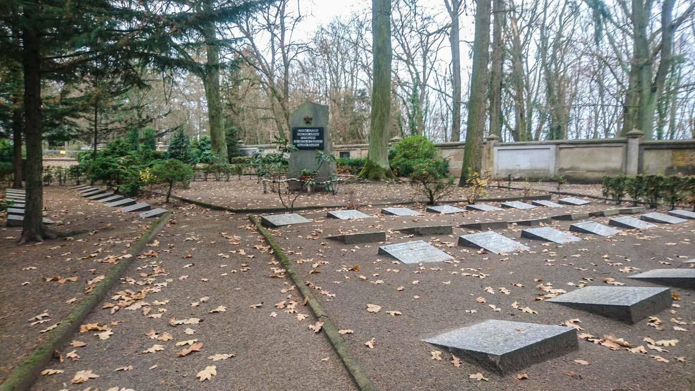 sowjetscher friedhof in friesack (landkreis havelland)