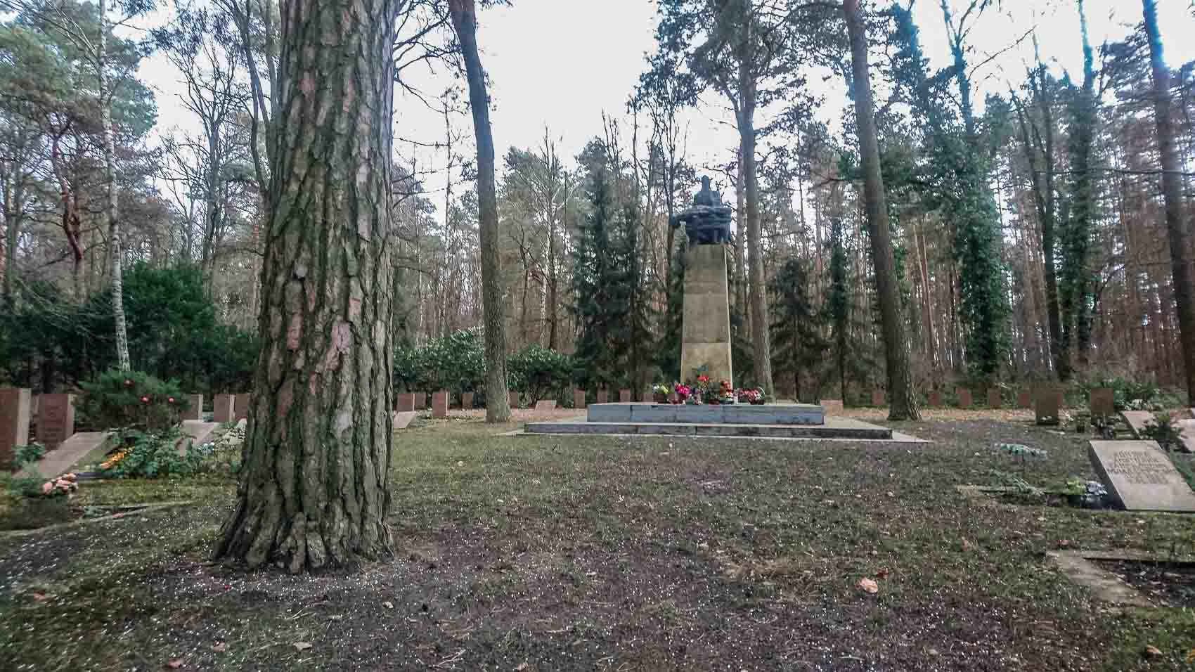 Ehrenmal Sowjetischer Soldatenfriedhof Cottbus