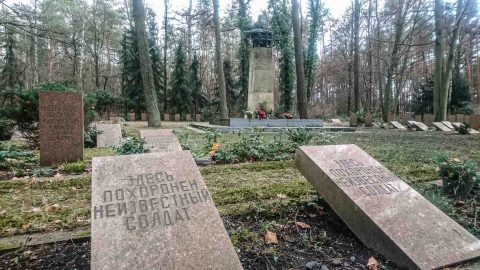 Sowjetischer Ehrenfriedhof Cottbus